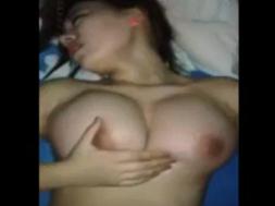 Japonesa cachonda y sexy goza la polla de su novio4