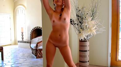 Joven de Zarautz Desnuda masturbandose (3)
