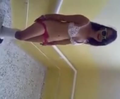 Pack Colegiala Adolescente desnuda en el Colegio Video Descargar